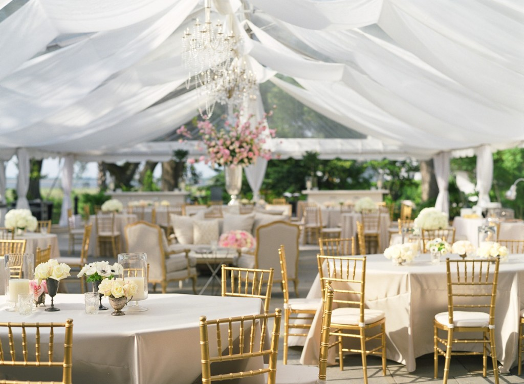 Weddings gallery destination marketing services for Decorating for outdoor wedding